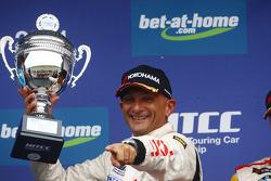 Gabriele Tarquini, Seat Leon 2.0 TDI, Lukoil - Sunred 3rd position