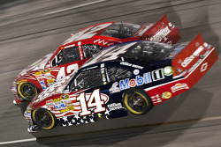 Juan Pablo Montoya, Earnhardt Ganassi Racing Chevrolet and Tony Stewart, Stewart-Haas Racing Chevrolet