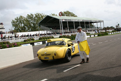 Race TT practice: Bridges-Redman, Ac Cobra