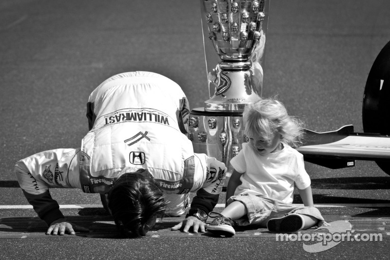 2011 Indy 500 race winner Dan Wheldon, Bryan Herta Autosport with Curb / Agajanian with son Sebastian