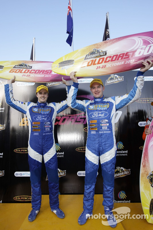 Race winnaars Mark Winterbottom en Richard Lyons