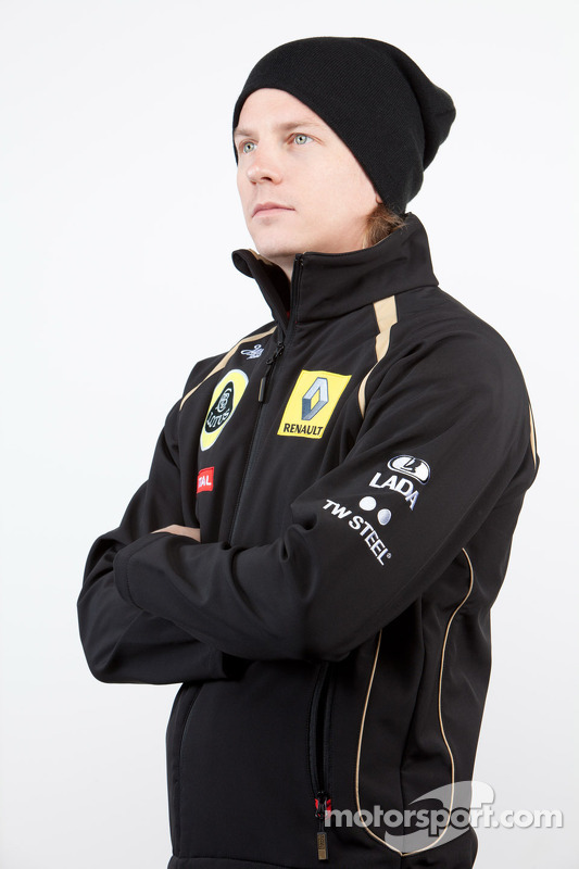 Кімі Райкконен повертається до Ф1 з командою Lotus Renault