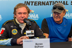 50+Predator/Alegra persconferentie: Byron Defoor and Brian Johnson