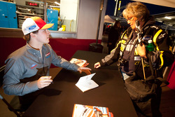 Autograph session: Trevor Bayne, Wood Brothers Racing Ford
