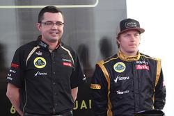 Eric Boullier, Team Principal, Lotus Renault F1 Team with Kimi Raikkonen, Lotus Renault F1 Team