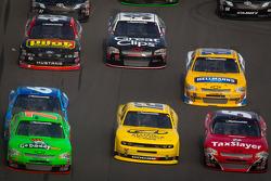 Danica Patrick, JR Motorsports Chevrolet, Sam Hornish Jr., Penske Racing Dodge, Dale Earnhardt Jr., JR Motorsports Chevrolet