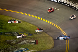 Crash with Trevor Bayne, Wood Brothers Racing Ford, David Ragan, Front Row Motorsports Ford, Jimmie Johnson, Hendrick Motorsports Chevrolet, Kurt Busch, Phoenix Racing Chevrolet