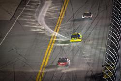Greg Biffle, Roush Fenway Racing Ford, Matt Kenseth, Roush Fenway Racing Ford, Tony Stewart, Stewart-Haas Racing Chevrolet