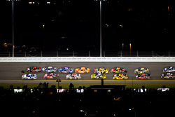Carl Edwards, Roush Fenway Racing Ford and Regan Smith, Furniture Row Racing Chevrolet lead a group of cars