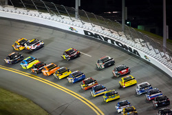 Jeff Burton, Richard Childress Racing Chevrolet and Denny Hamlin, Joe Gibbs Racing Toyota lead the field