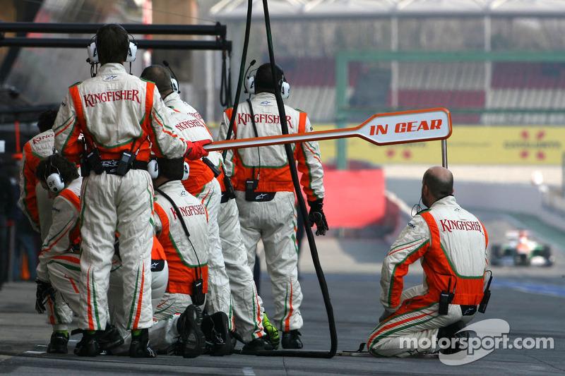 Sahara Force India Formula One Team mecaniciens, Paul di Resta, Sahara Force India Formula One Team