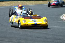 #22 Erwin van Gelder - Lotus 23 Replica (1963) and #72 Peter Kernick - Witter FV