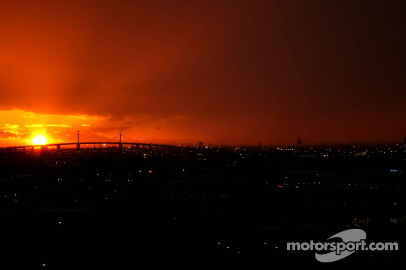 Sunrise over Melbourne