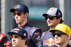 Гонщики Scuderia Toro Rosso Даниил Квят и Карлос Сайнс-мл.