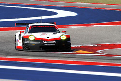 #912 Porsche Team North America Porsche 911 RSR: Wolf Henzler, Laurens Vanthoor