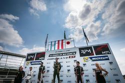 Podium: winner René Binder, Lotus, second place Roy Nissany, RP Motorsport, third place Yu Kanamaru, RP Motorsport