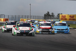 Start action, Tiago Monteiro, Honda Racing Team JAS, Honda Civic WTCC leads
