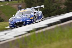 #14 GMG Racing Porsche 911 GT3 R: James Sofronas, Laurens Vanthoor