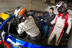 Drivers change practice for Cyndie Allemann and Akihiro Tsuzuki