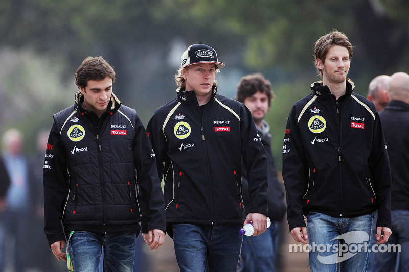 Jérôme d'Ambrosio, Lotus derde rijder met Kimi Raikkonen, Lotus F1 Team en Romain Grosjean, Lotus F1