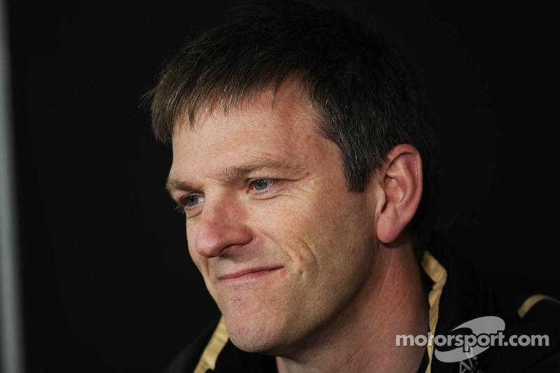 James Allison, Lotus Team Technical Director in de FIA perconferentie