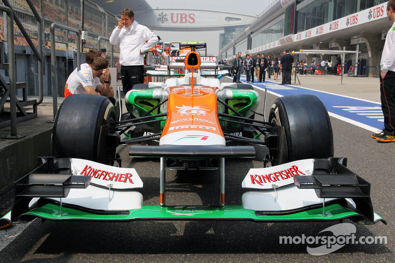 Sahara Force India F1 in de pits