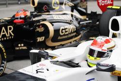 Sergio Perez, Sauber F1 Team and Romain Grosjean, Lotus F1 in parc ferme