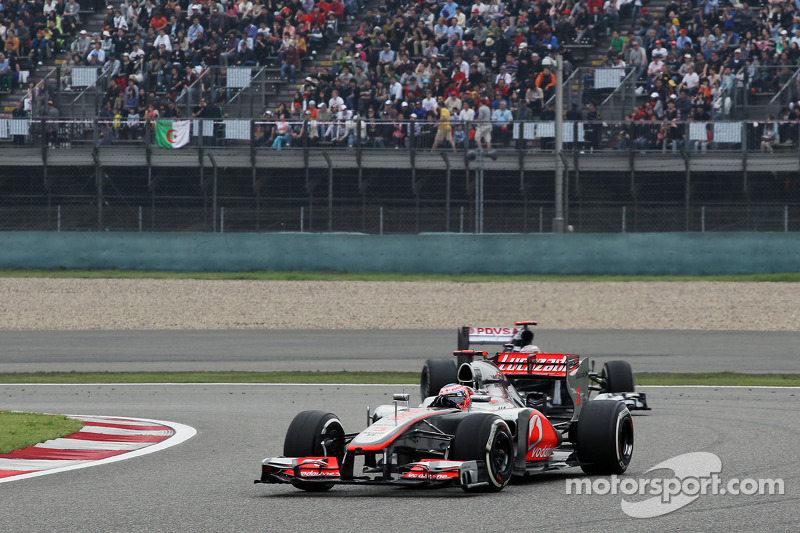 Jenson Button, McLaren en Pastor Maldonado, Williams