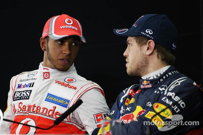 Lewis Hamilton, McLaren Mercedes met Sebastian Vettel, Red Bull Racing in de FIA persconferentie