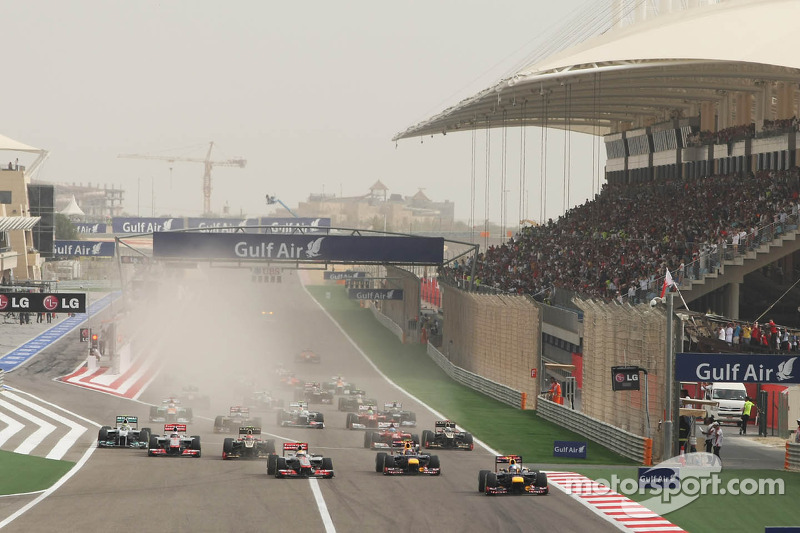 Sebastian Vettel, Red Bull Racing aan de leiding bij de start