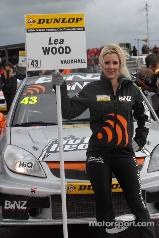 BINZ Racing Grid Girl
