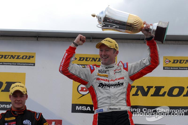 Round 9 Race Winner Gordon Shedden, Honda Yuasa Racing