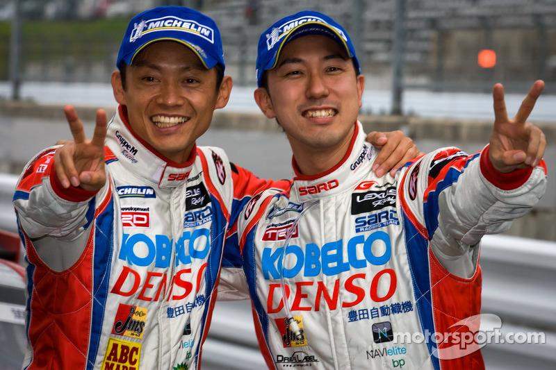 GT500 winnaars Juichi Wakisaka en Hiroaki Ishiura