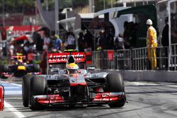 Lewis Hamilton, McLaren leaves the pits