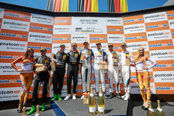 Junior-Podium: 1. #77 Callaway Competition, Corvette C7 GT3-R: Jules Gounon, Daniel Keilwitz, 2. #84 Mercedes-AMG Team HTP Motorsport, Mercedes-AMG GT3: Patrick Assenheimer, Maximilian Götz, 3. #42 BMW Team Schnitzer, BMW M6 GT3: Ricky Collard, Philipp Eng