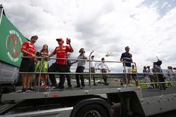 Sebastian Vettel, Ferrari, Kimi Raikkonen, Ferrari, Daniil Kvyat, Scuderia Toro Rosso, Carlos Sainz Jr., Scuderia Toro Rosso, Pascal Wehrlein, Sauber en Jolyon Palmer, Renault Sport F1 Team
