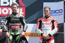 Переможець гонки Джонатан Рей, Kawasaki Racing, третє місце Чаз Девіс, Ducati Team