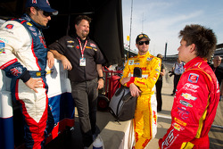 Marco Andretti, Andretti Autosport Chevrolet, Michael Andretti, Ryan Hunter-Reay, Andretti Autosport Chevrolet and Sebastian Saavedra, AFS Racing/Andretti Autosport Chevrolet