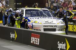 Hendrick Motorsport crew