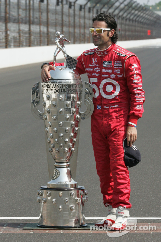 Winnaars fotoshoot: Dario Franchitti, Target Chip Ganassi Racing Honda