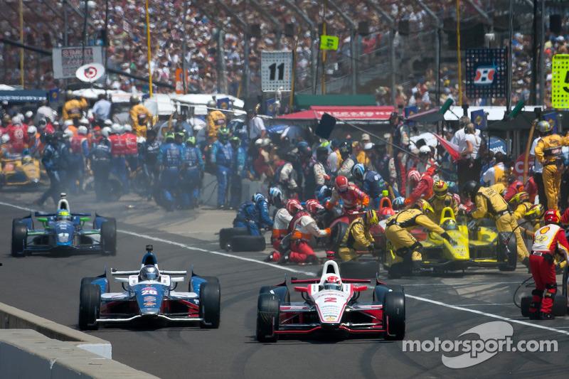 Ryan Briscoe, Team Penske Chevrolet en Marco Andretti, Andretti Autosport Chevrolet