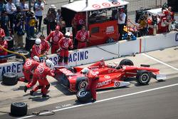 Pit stop for Scott Dixon, Target Chip Ganassi Racing Honda