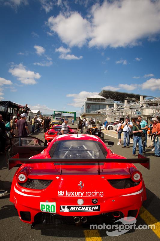 Luxury Racing Ferrari F458 Italia