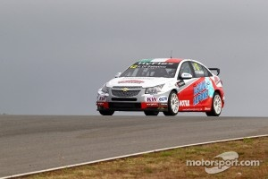 Chevrolet Cruze 1.6T, bamboo-engineering that Robb Holland will racing