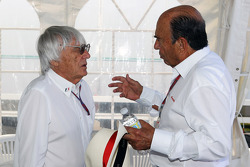 Bernie Ecclestone, CEO Formula One Group, with Emilio Botin, Santander Chairman