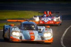 #28 Gulf Racing Middle East Lola B12/60 Coupe Nissan: Fabien Giroix, Ludovic Badey, Stefan Johansson