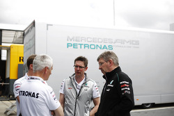 Geoff Willis, Hispania Racing F1 Team, Technology Director with Andrew Shovlin, Mercedes Mercedes AMG F1 Engineer and Ross Brawn, Mercedes Mercedes AMG F1 Team Principal