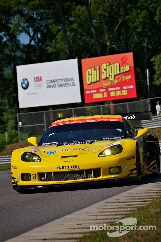 #3 Corvette Racing Compuware Chevrolet Corvette C6 ZR1: Jan Magnussen, Antonio Garcia