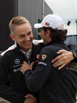 Martin Whitmarsh, McLaren Chief Executive Officer with Pedro De La Rosa, HRT Formula 1 Team