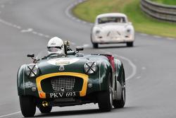 #15 Triumph TR2: Neil Fender, Guy Broad
